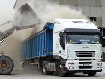 Trasporto rifiuti speciali pericolosi