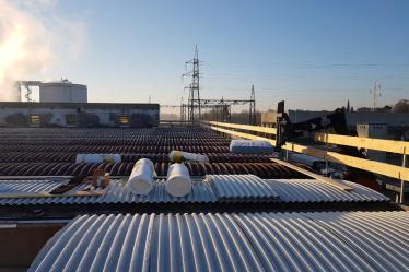 Rimozione eternit da tetto industriale e posa nuova copertura azienda F.lli Sartori Castelnuovo del Garda (VR)
